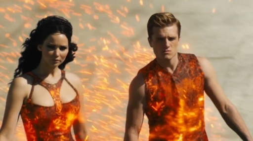 Jennifer-Lawrence-and-Josh-Hutcherson-in-THe-Hunger-Games-Catching-Fire-2013-Movie-Image